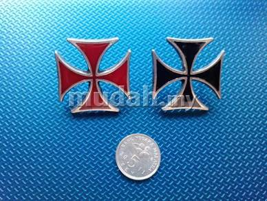 Iron Cross Metal Pins