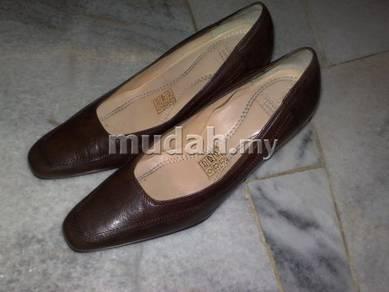 Kasut Snowfly shoe