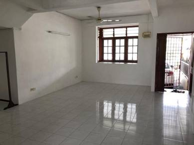 Sungai Ara 2 Sty Town House Ground Floor