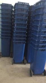 Tong sampah beroda wheel bin