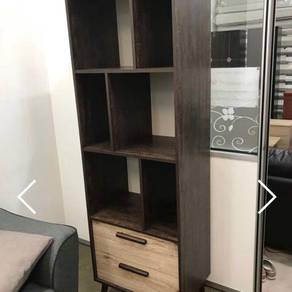 Display cabinet/shelf/drawer