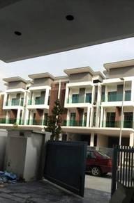 3 STOREY Taman nusaputra timur reflexion pool villa puchong