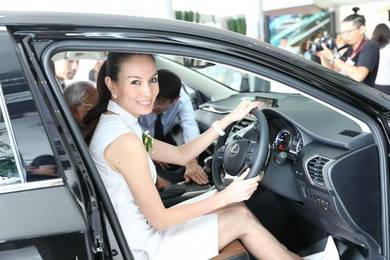 Lexus toyota vellfire estima engine oil service