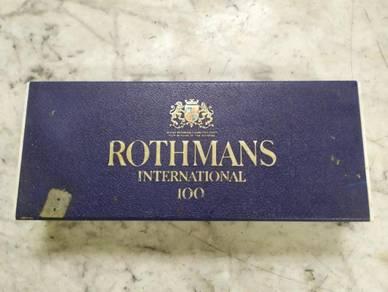 TEXP Rothmans Plastic Box Lama Vintage 2