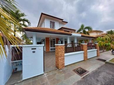 Fully Renovated 2 Storey Bungalow Bukit Mahkota, Bangi For Sale