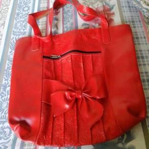 Red bag for females