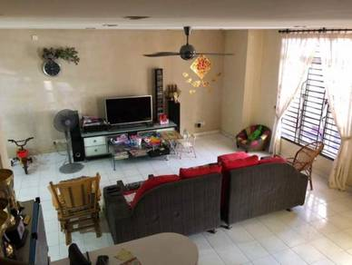 0% Down Payment Renovated Double Storey Terrace at Kulai IOI