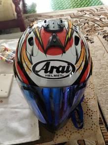 Helmet Arai Nakagami
