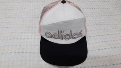 Adidas cap snapback size 57-60cm