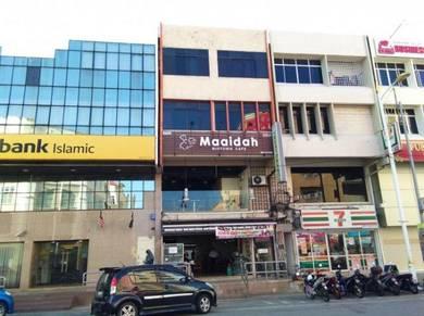 Bangunan 4 tingkat hotel,Restoren pusat bandar KT