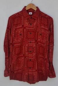 Uniqlo paisley bandana flannel button-up