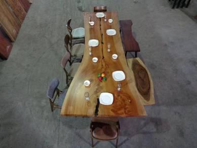 Honduran mahogany table