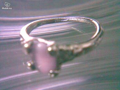 ABRSB-P011 Cat Eye Lt Purple Bead Silver Ring 8.25