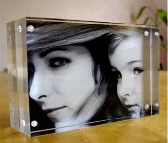Block Acrylic Photo Frame - B7 Horizontal Size