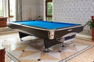 Classic Professional 9ft American Pool Table