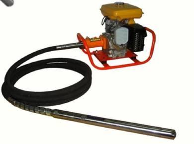 Robin Concrete Vibrator & 3inch Flex Submersible