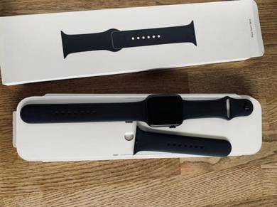 Apple Watch Series 4 44 mm Space Gray Aluminum Cas