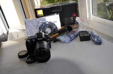 Nikon D90 Full kit lens