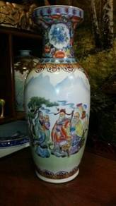 Chinese fuk luk sau 8 immortals porcelain vase SLG
