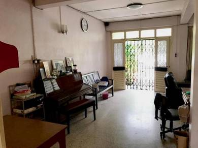 Pending Near Chung Hua SecondarySchool No.1 Double Storey Intermediate