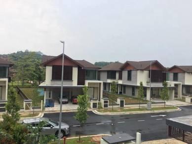 Ekslusif Bungalow Danau Suria with Private Pool, Putrajaya