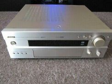 Yamaha stereo amplifier