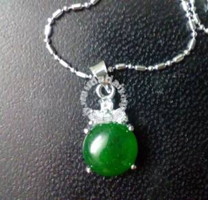 ABPJ-L002 Lucky Round Green Jade Silver Necklace