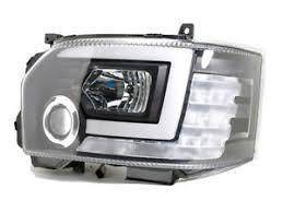Toyota Hiace 14- Black Projector Head Lamp w Bar