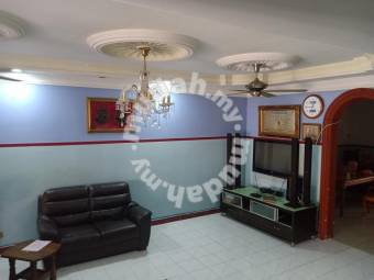 Terrace 2sty for Sale 4r4b 1,400 sqft at Taman Rowther, Gombak, Kuala