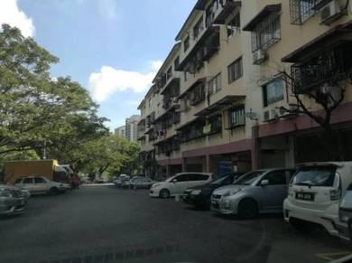 Mawar SHOP LOT at Pangsapuri Mawar, TENANTED, Bukit Serdang