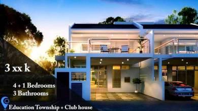 22x70. Double Storey house. Bandar springhill. Seremban south