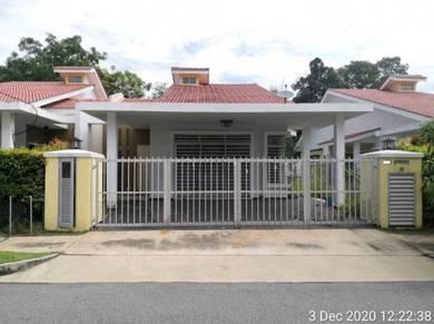 Semi Detached House in D' Latania, Taman Bandar Senawang, Seremban