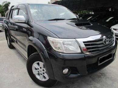 2014 Toyota HILUX 2.5 G VNT (A)TURBO CAR KING