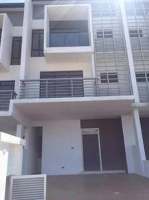 3sty Terrace House Rawang Lake Club ParkHome New modern Concept