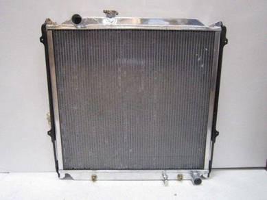 DD Aluminium Radiator Landcruiser Prado 90 1KZ